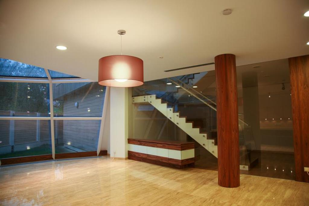 Staircases and balustrades - Picture 17