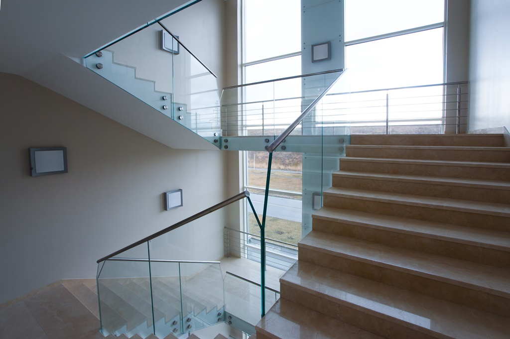 Staircases and balustrades - Picture 20