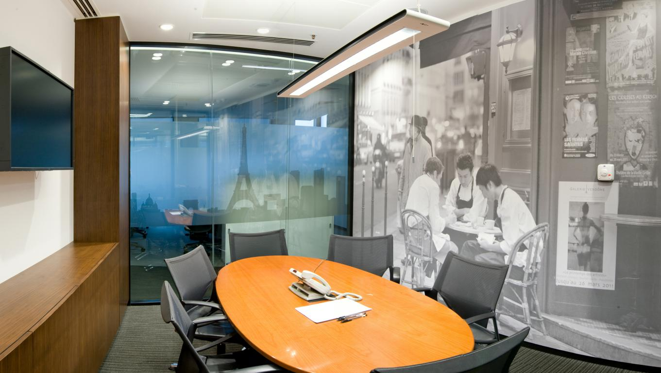 Jones Lang LaSalle - Picture 12